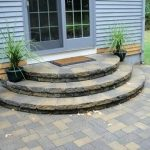 31+ Small Paver Patio Ideas Bilder med Fire Pit & Tips Building