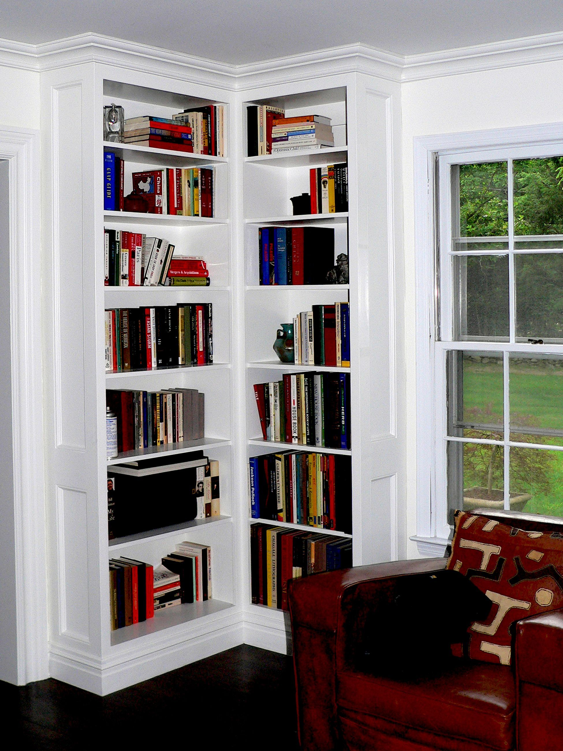15+ Cozy And Relaxing Corner Bookshelf Design Ideas You Need To Try