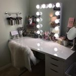 28+ DIY Simple Makeup Room Ideas, Organizer, Storage and Decorating