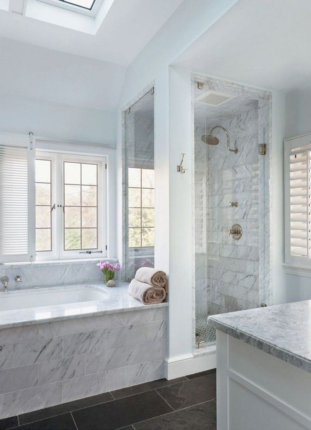 48 Simple Master Bathroom Renovation Ideas