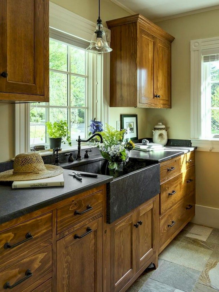 65 Incredible Farmhouse Kitchen Cabinets Makeover Ideas