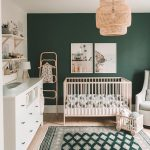 Are you GREEN with envy over this adorable space? We've been seeing so much gree...