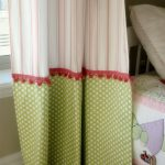 Creative ways to extend the length of your panels: adorable green and pink curta...