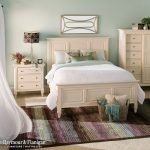 Somerset Queen Panel Bed