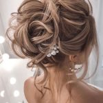 44 Messy updo hairstyles - The most romantic updo to get an elegant look - Wedding hairstyles | Wedding makeup | Nail Art Designs