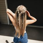 2019 Elegant Half Up Half Down Hairstyles for Summer Vocation Latest Fashion Trends for Women sumcoco.com