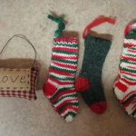 "3 Miniature Hand Knitted Stocking Knit 5"" & 3"" Pillow Dollhouse Christmas Deco #..."