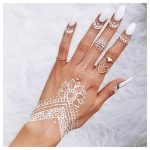 30 Simple & Easy Henna Flower Designs of All Time • Keep Me Stylish