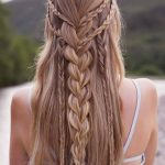 35 Attractive and Perfect Hairstyle for Beach Make You Clear and Lovely - Trending Topics