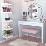 37 simple organizer of ideas for the make-up room for correct storage 15