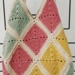 56+ Awesome Granny Square Crochet Bag Pattern Ideas - Page 21 of 56 - lasdiest.com Daily Women Blog!
