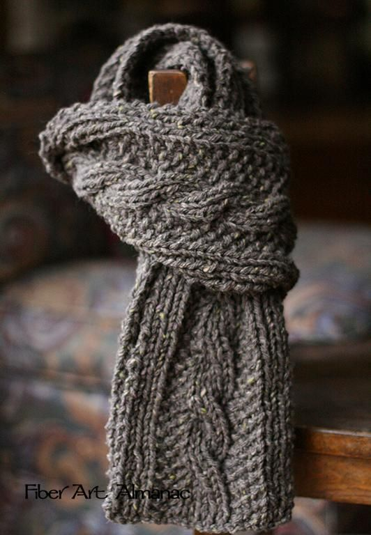8 Gorgeous FREE Knitting Patterns for Scarves