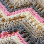 Crochet Hugs & Kisses Baby Blanket + Tutorial | The Crochet Crowd