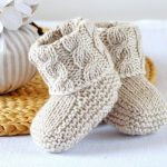 Easy Booties Knitting Pattern - Baby Cable Booties- Knitting Photo Tutorial - PDF - Digital File