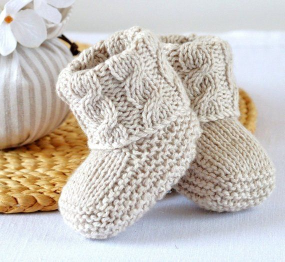 Easy Booties Knitting Pattern – Baby Cable Booties- Knitting Photo Tutorial – PDF – Digital File