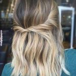 Easy Hairstyles for Short Wavy Hair with Best Ways - The UnderCut