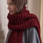 Free Knitting Patter for a Chunky Beginner Scarf