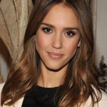 Jessica Alba Long Wavy Hairstyle - Hairstyles Weekly
