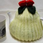 Lemon tea cosy, Hand knit tea cosy, tea Pot Cover, red rose Flower, Tea Cosie, Tea Lover's Gift, Knitted tea cosy, 4-6 cup, medium, for mom