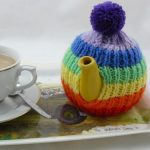 Rainbow Tea Cosy | knitted tea cosy | free knitting pattern | nixneedles UK