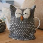 Sleeping Owl Tea Cosy Knitting pattern by JULIE RICHARDS | Knitting Patterns | LoveKnitting