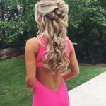 Some perfect half-down hairstyles for the prom night  party entertain