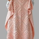 This beautiful, vintage style crochet blanket is easy to make. The pattern is fr... - Baby Wear